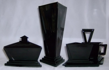 Modernistic Puff without border